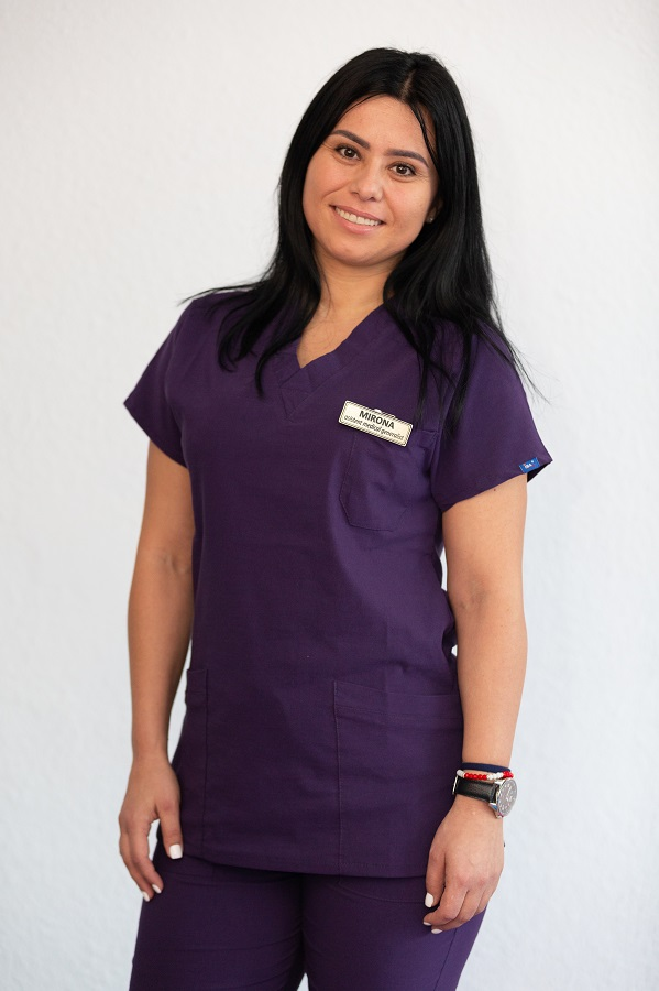 Mirona Bănescu - asistent medical balneo fizio kinetoterapeut